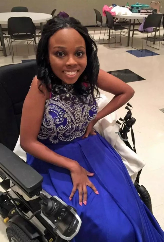 "Disabled and bullied girl, 18, who was called ""ugly"" becomes beauty queen"
