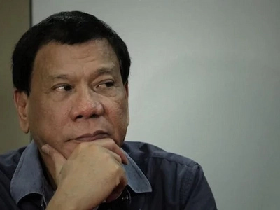 Naisantabi ni Aquino! Duterte lambasts Aquino for setting aside gravity of illegal drug problem