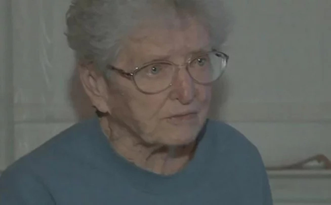 This 91-year-old great-grandma fights off burglar, takes away his phone