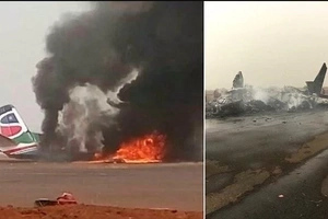 Plane splits into pieces and bursts into flames after crashing, all 45 passengers miraculously SURVIVE (photos, video)