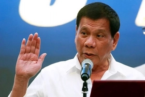 Sandamakmak pala! Duterte to release validated drug list with names of more than 5,000 government officials