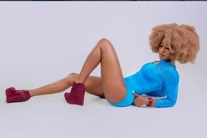 8 sinfully sexy photos of Kenya's celebrity bisexual woman that will dissapoint any man