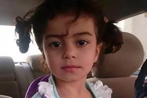 Una mujer llevó a su hijastra de seis años a un terreno baldío y a plena luz del día la degolló