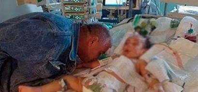 """""""Adiós, mi preciosa hija"""": Padre destrozado le dió último beso a su pequeñita"""