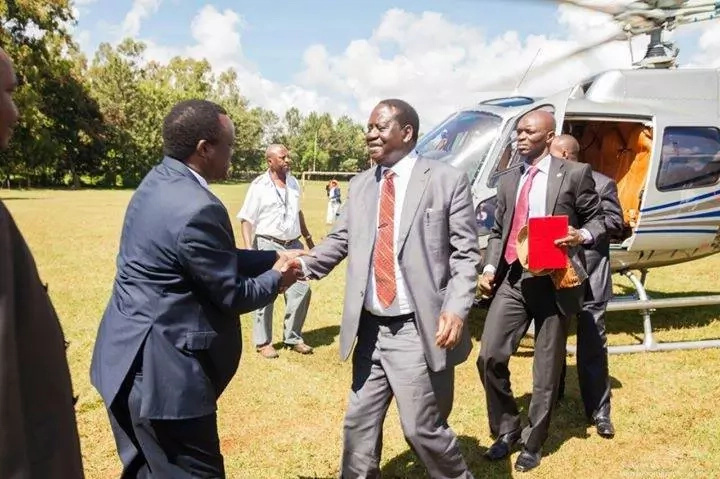 Raila odinga lands in Meru to close governors conference