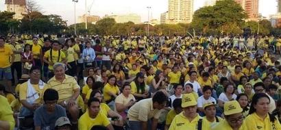 LUNETA SHOWDOWN: Roxas supporters gather; Duterte squad to follow