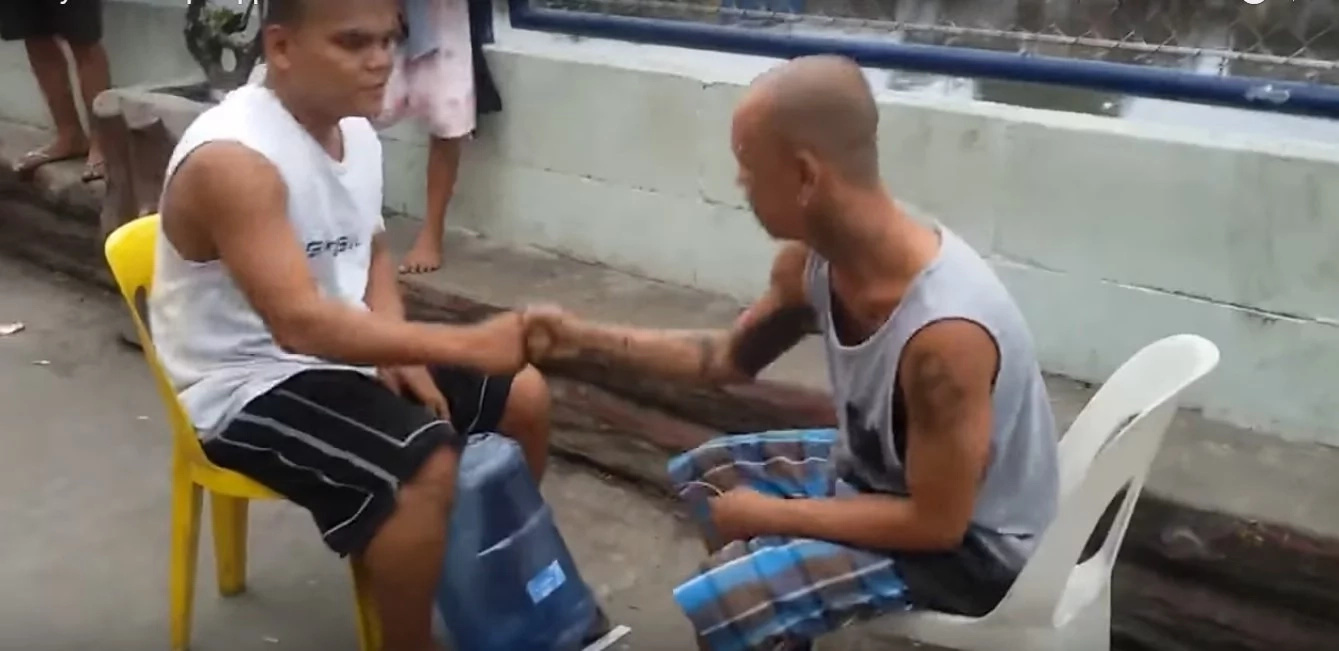 Viral video reveals epic punishment for 'jak en poy' game