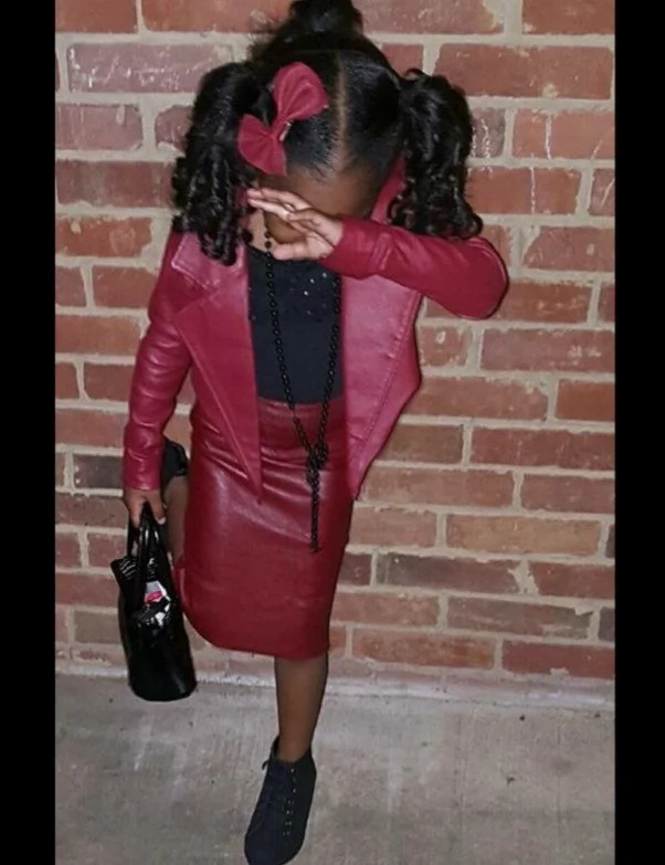 So sweet! Loving grandma turns old leather jacket into 2-piece outfit for her granddaughter (photos)