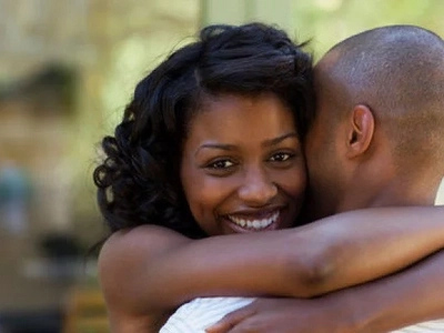 Does your man hug you like this? Here's what he's saying