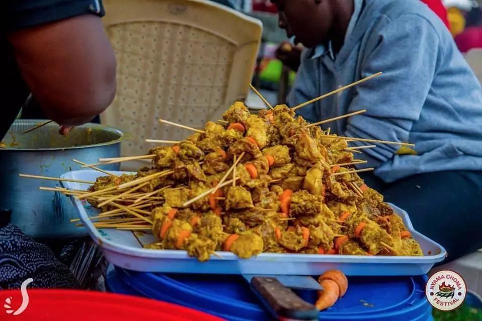 Njia za kuvutia za kuandaa mbuzi choma msimu huu wa likizo(picha)