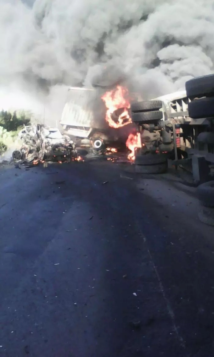 PHOTOS, Video: motorist burns to death on Mai Mahiu Road after fuel tanker burst into flames