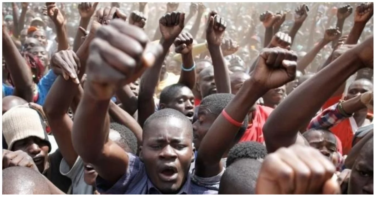 Irate NASA supporters mercilessly beat police officer in Naivasha