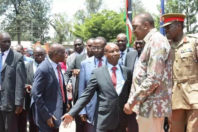 Gavana wa Jubilee aaibishwa vibaya mbele ya Rais Uhuru, Ruto