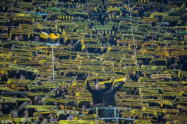 German football united in mourning after Borussia Dortmund fan dies