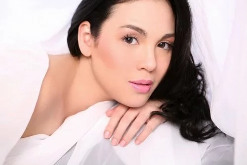 Claudine Barretto reveals her new bashers are ex-friends