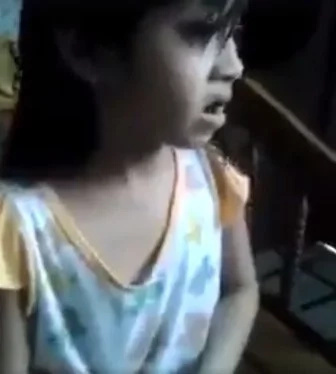 Young girl serenades OFW mothers with her touching song