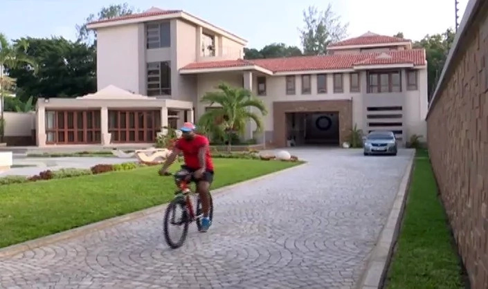 12 filthy rich Kenyan politicians who own lavish homes