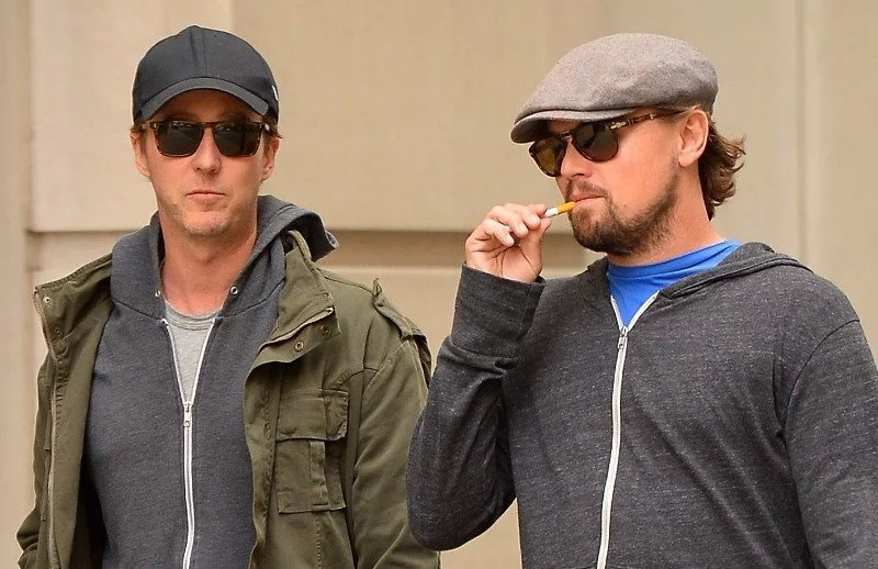 Edward Norton Saved DiCaprio's Life When They Were Scuba Diving In The Galapagos