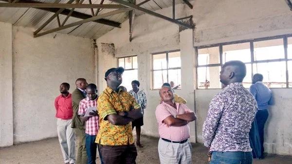 Mbunge wa Kibra Kenneth Okoth apigwa mawe kwa kujihusisha na Jubilee