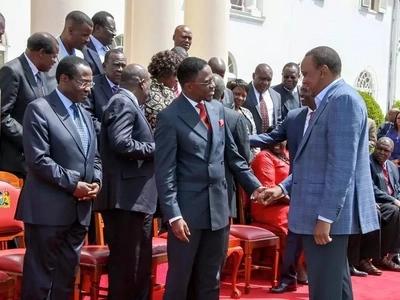 Ababu Namwamba atoa SABABU ya kuunga mkono kuchaguliwa tena kwa Uhuru