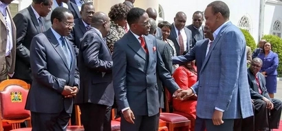 Uhuru meets top Luhya politicians at State House (photos)