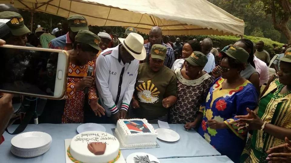 Baringo Senator Gideon Moi deletes Facebook posts after wishing Raila Odinga Happy Birthday