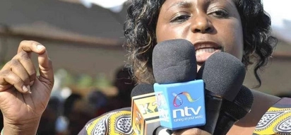 Kilifi Women Rep. Jumwa sings for Ababu Namwamba as he leaves ODM (video)