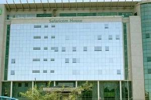Safaricom yatishwa na MTU anayesema ATAVURUGA mawasiliano ikiwa hatapewa kazi na kampuni hiyo (Picha)