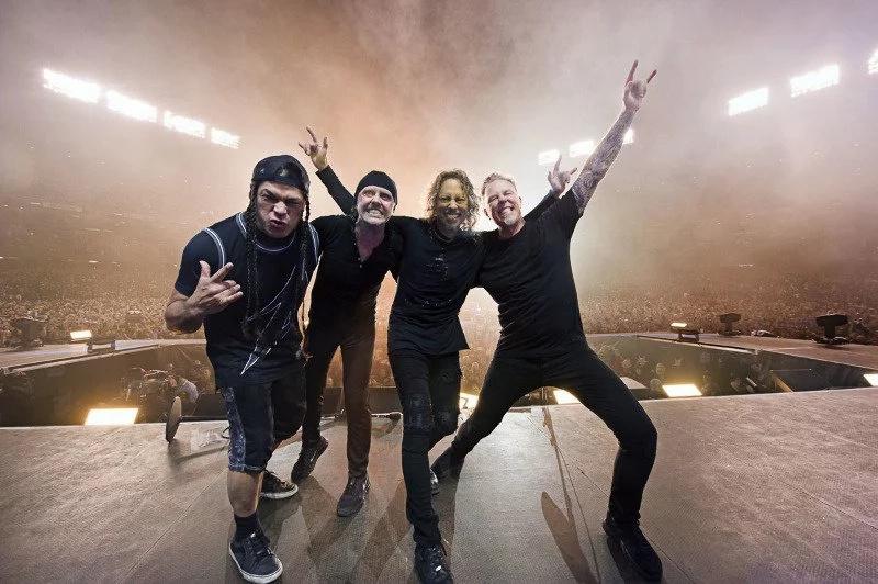 400 unidades para los fans de Metallica