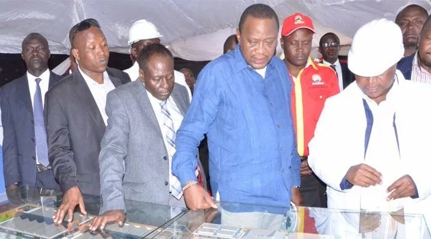 Angry Kenyan savagely attacks Nyeri Governor Nderitu Gachagwa after his death