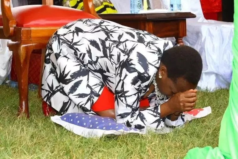 Mwanamume aliye na mke mgonjwa sana atozwa faini kwa kuzuia msafara wa mkewe Ruto