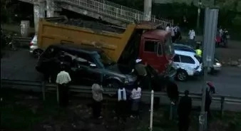 VIDEO: Truck Driver Loses Control, Smashes Range Rover On Mbagathi Road