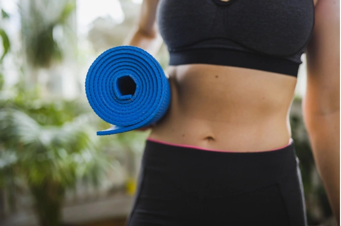 5 minutes a day, up to 4 centimeters less on the tummy – exercise the Japanese way
