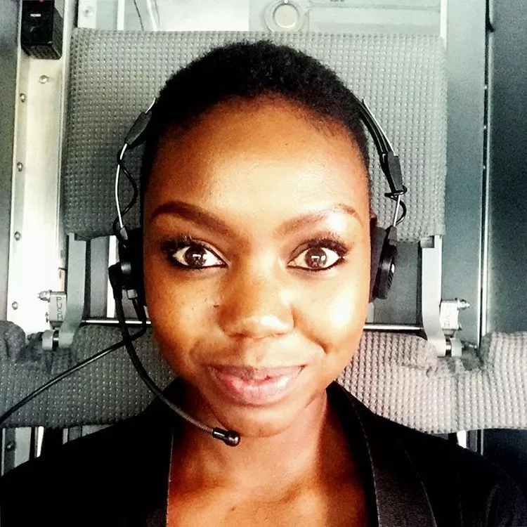 Popular radio presenter overexcited after pilot lets her in the cockpit (photos)