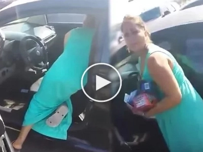 A man caught this woman stealing out of his car. Her reaction was unimaginable!