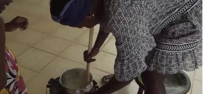 Lupita Nyong'o afunzwa kupika ugali kwa mara ya kwanza (video)