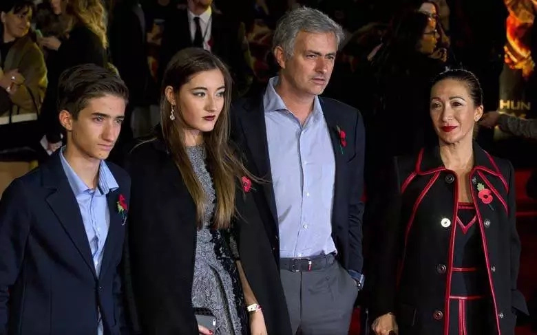 Meet Matilde, daughter of Jose Mourinho (photos)
