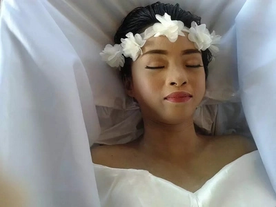 """Cancer-stricken 20-year-old inspired to """"Die Beautiful""""; See how her funeral went"""