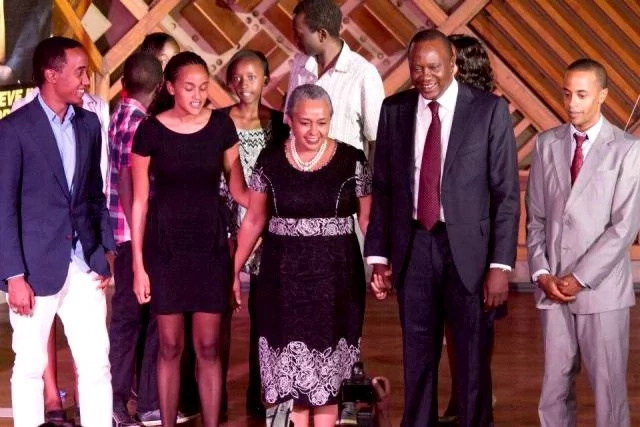 Photos of Uhuru Kenyatta's son protecting his sister from Team Mafisi