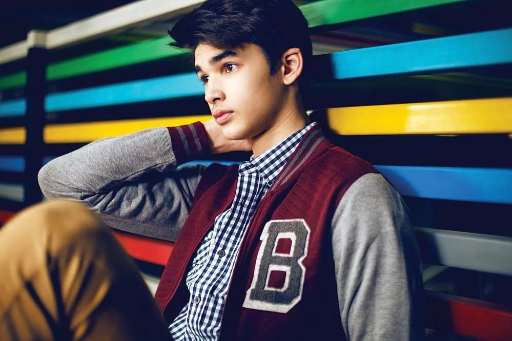 Must Watch! A documentary on Kobe Paras where his popularity is compared to a Kardashian's!