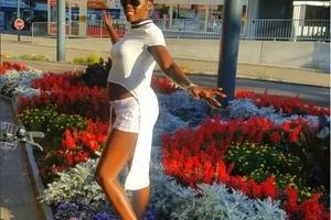 Akothee afanyiwa kitendo cha kushangaza na mfuasi wake katika klabu (VIDEO)