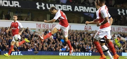 Arsenal Gun Down Tottenham In Capital One Cup