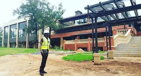 Evidence that Nameless is an architect (photos)