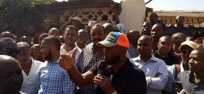 Joho does this just hours after attacking President Uhuru Kenyatta