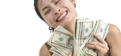 Is your girl dating you for money? Don't let her fool you with these 10 signs!