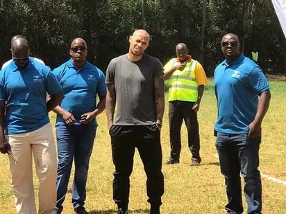 Arsenal legend Thierry Henry meets Kenyan fans and it's exciting
