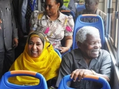 Meet the only African president who goes about in public buses (photos)