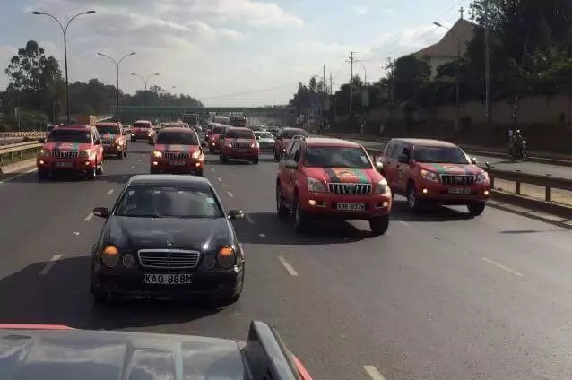 Jubilee Party convoy brings Nairobi to a standstill (photos)