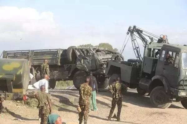 KDF na maafisa wa Polisi WANUSURIKA kifo baada ya shambulizi la Al-Shabaab
