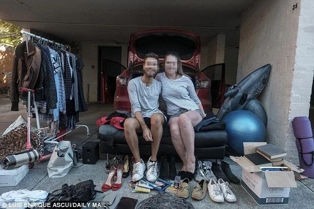 Erasing sweet memories? Jilted woman, 26, sells EVERYTHING after nasty break-up with boyfriend (photos)